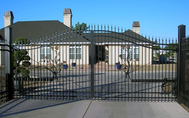 Tdc Gate Systems The Door Company